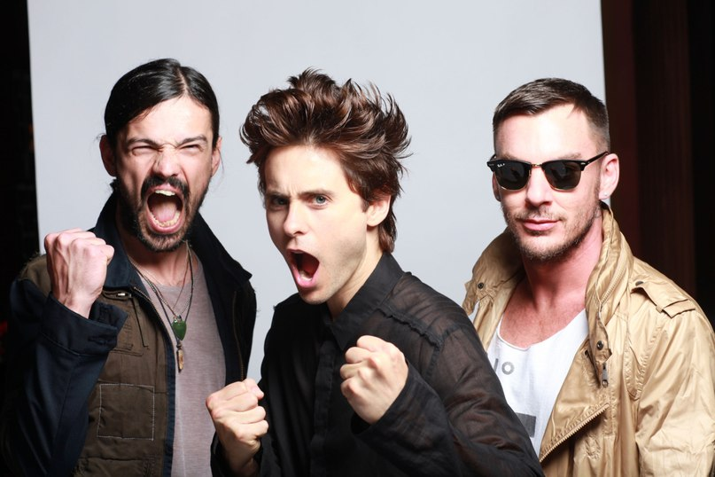 a beatiful lie (acoustic) 30 seconds to mars
