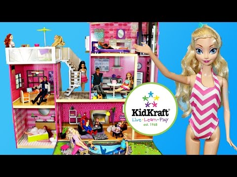 Frozen Elsa Barbie DOLLHOUSE KidKraft Uptown Wooden Doll House Mansion Pool Spiderman Frozen Kids
