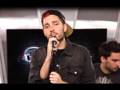 "'YOU ME AT SIX' PERFORM ""LIVED A LIE"" ACOUSTIC PERFORMANCE"