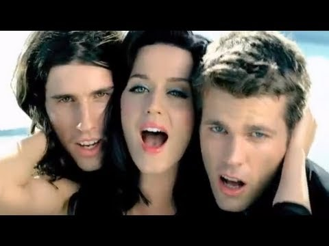 3OH!3 - STARSTRUKK (Feat. Katy Perry) [OFFICIAL MUSIC VIDEO]